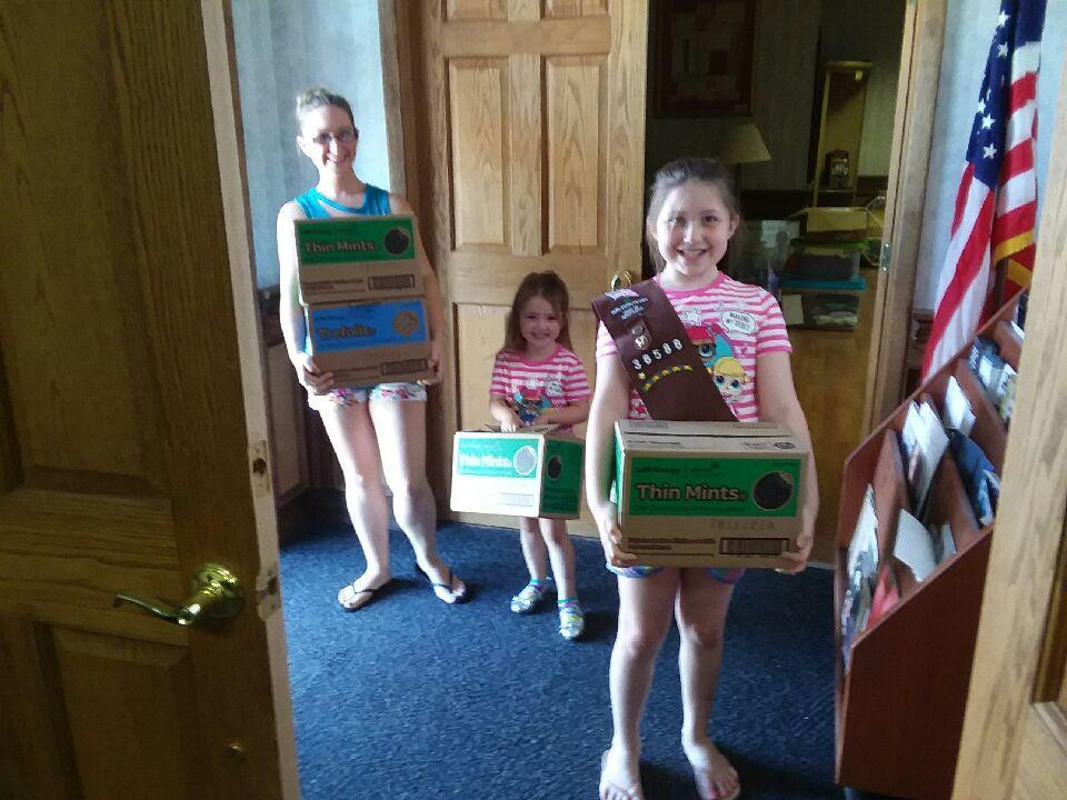 Girl Scout Troop 36588 Helps VMCE