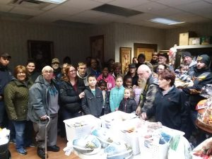 (LEF) & Scooters Bar & Grill Donates Thanksgiving Baskets
