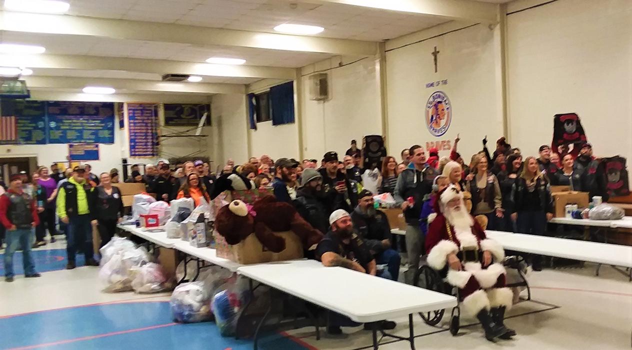 Racca Christmas Give Away